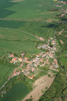 Letecký snímek obce z10. 5.2008